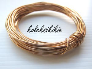 kawat-1mm-rose-gold