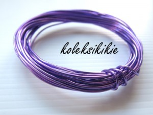 kawat-1mm-ungu