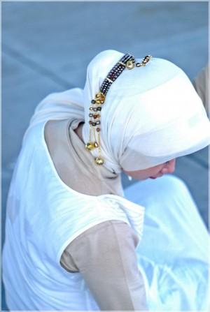 Membuat Cepol Jilbab Kristal