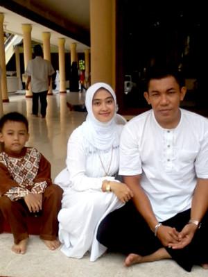 004-Reni-Utaminingtyas-Surabaya