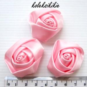 mawar-kuncup-kecil-pink
