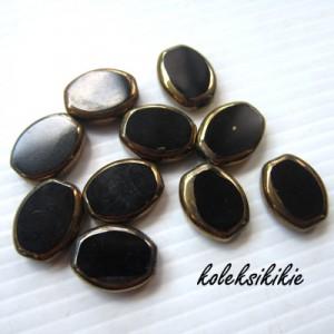 oval-tembaga-kecil-hitam