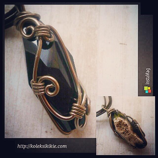 Lets wrap the stone Http://koleksikikie.com Liontin batu Rp75.000  #wireworking #artwire #artwork #koleksikikie #accesories #jeweleries #jewelery #handmadejewelery #handmadenecklace #InstaMagAndroid