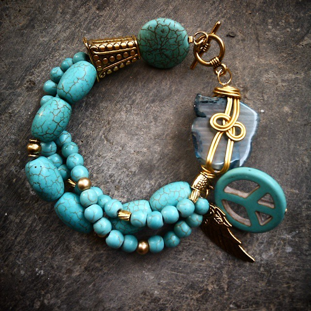 Etnic bracelet Rp110.000 Http://koleksikikie.com  #wireworking #artwire #handmadeaccesories #handmadenecklace #handmadebracelet #gelanghandmade