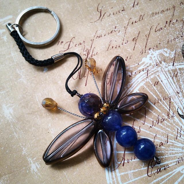 Gantungan kunci capung Rp30.000/buah Http://koleksikikie.com  #keychain #beads #dragonfly #instapict #instatoday #picoftheday #manik2 #koleksikikie