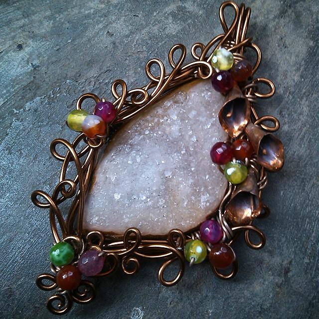 Brooch pendant wire Http://koleksikikie.com  #artwire #art #wire #wirework #handmadeaccesories #jewelery #aksesoris #handmade