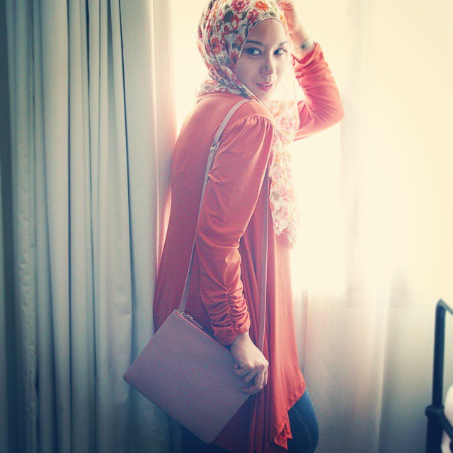 Good Morning.. Crossbody Bag Pink by Kalyana Dress by House of Reno  #leather #bag #indonesia