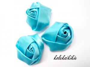 mawar-kuncup-kecil-biru-mud