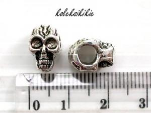 skull-beads