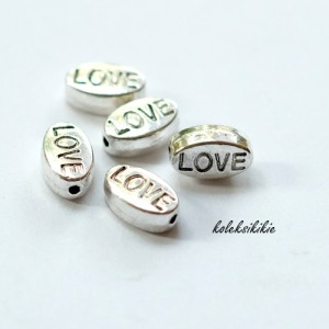 pembatas-oval-love-silver