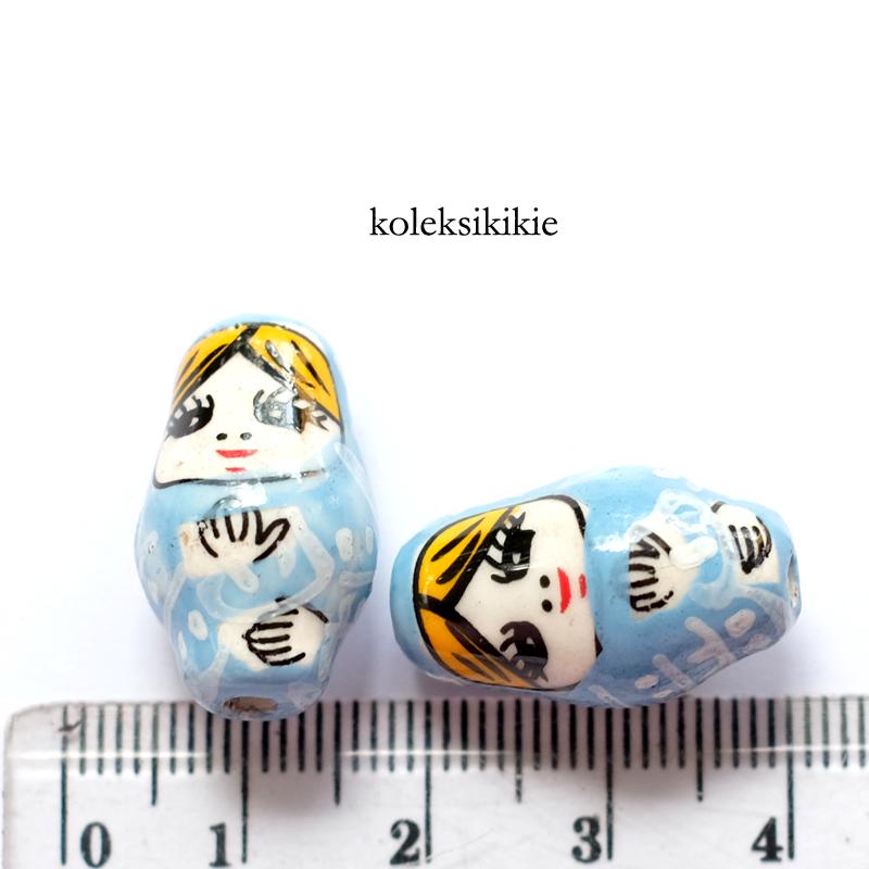 keramik boneka rusia biru