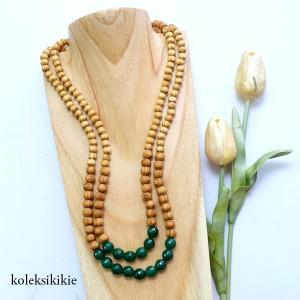 kalung-kayu-astari-hijau