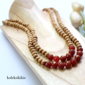 kalung-kayu-astari-merah-01