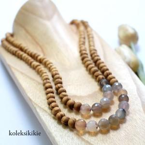 kalung-kayu-astari-putih-01