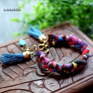 gelang-tenun-anjeli-biru