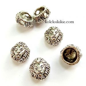 lion-head-beads-silver