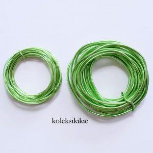 set-kawat-hijau